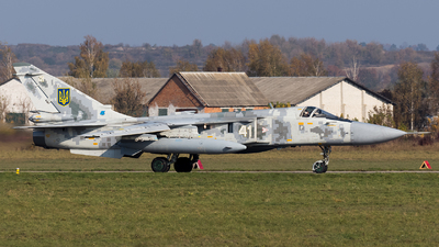 41 - Sukhoi Su-24M Fencer - Ukraine - Air Force