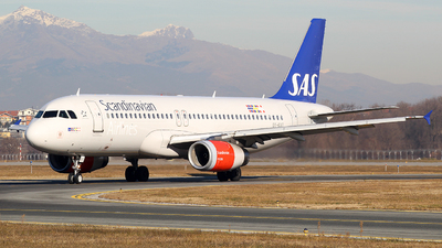 OY-KAT - Airbus A320-232 - Scandinavian Airlines (SAS)