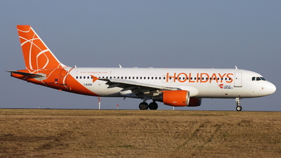 OK-HCB - Airbus A320-214 - Holidays Czech Airlines
