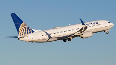 N76503 - Boeing 737-824 - United Airlines