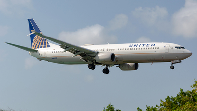 N66831 - Boeing 737-924ER - United Airlines