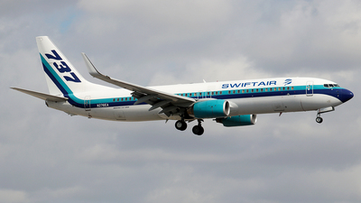 N276EA - Boeing 737-8AL - Swift Air