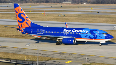 N715SY - Boeing 737-752 - Sun Country Airlines