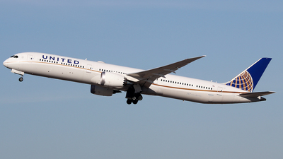 A picture of N12005 - Boeing 78710 Dreamliner - United Airlines - © Xiamen Air 849 Heavy