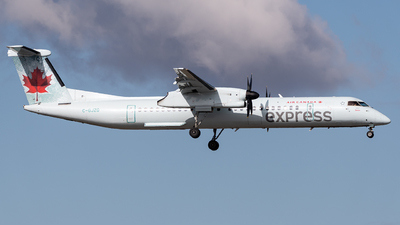 A picture of CGJZG - De Havilland Canada Dash 8400 - Air Canada - © Shae Bilan