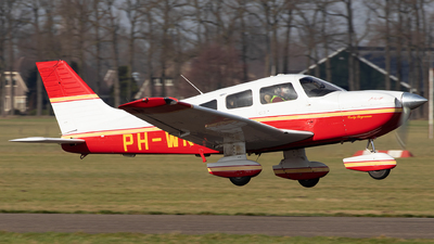 A picture of PHWKB - Piper PA28181 - [2843664] - © Sandra