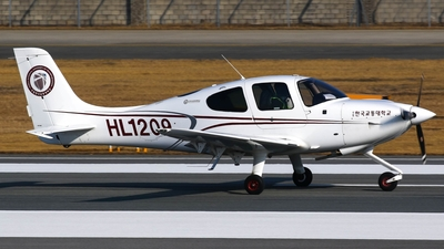 HL1209 - Cirrus SR20 - Korea National University of Transportation