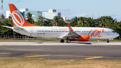 A picture of PRGUX - Boeing 7378EH - GOL Linhas Aereas - © Henrique Pessoa