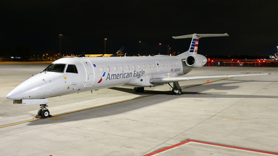 A picture of N808AE - Embraer ERJ140LR - American Airlines - © Craig L Baldwin