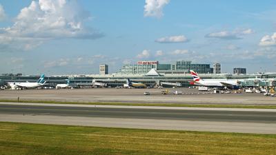 CYYZ - Airport - Ramp