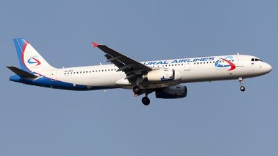 VQ-BGX - Airbus A321-231 - Ural Airlines