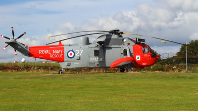 XV673 - Westland Sea King HU.5SAR - United Kingdom - Royal Navy