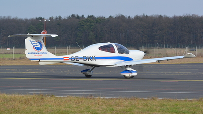 OE-DKK - Diamond DA-40D Diamond Star - AAT Austrian Aviation Training