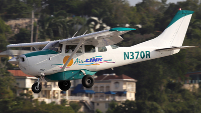 N370R - Cessna U206G Stationair - Air Link Express