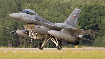 4071 - Lockheed Martin F-16C Fighting Falcon - Poland - Air Force