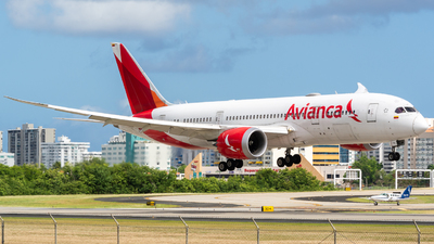 A picture of N781AV - Boeing 7878 Dreamliner - Avianca - © Hector Rivera - Puerto Rico Spotter