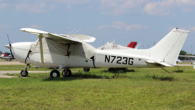 A picture of N723G - Cessna 172N Skyhawk - [17268008] - © André Du-pont  (Mexico Air Spotters)