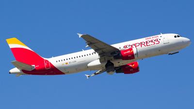 EC-LEA - Airbus A320-214 - Iberia Express