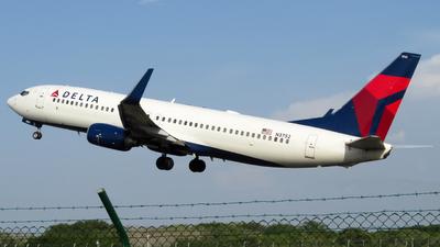 N3752 - Boeing 737-832 - Delta Air Lines