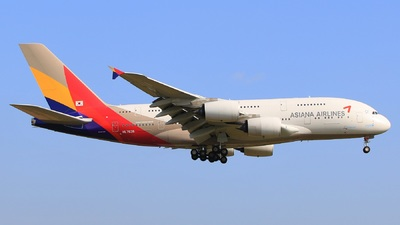 HL7635 - Airbus A380-841 - Asiana Airlines