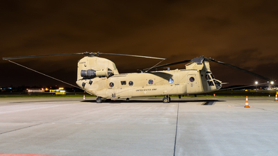 04-08709 - Boeing CH-47F Chinook - United States - US Army