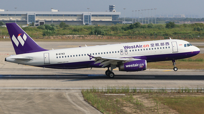 B-6743 - Airbus A320-232 - West Air