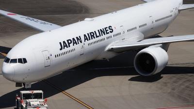 A picture of JA738J - Boeing 777346(ER) - Japan Airlines - © Yoshu