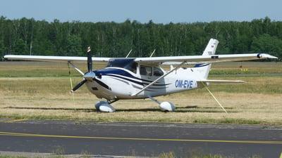 A picture of OMEVE - Cessna 182T - [T18208400] - © Darek Kula