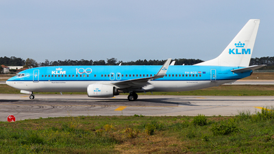 A picture of PHBCD - Boeing 7378K2 - KLM - © Luciano Silva