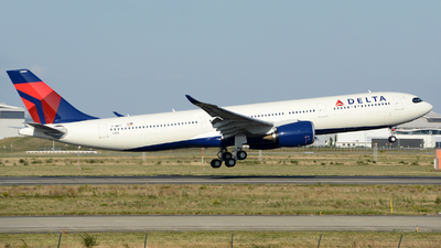 F-WWYY - Airbus A330-941 - Delta Air Lines