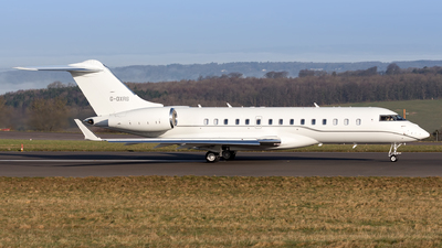 G-OXRS - Bombardier BD-700-1A11 Global 5000 - Private