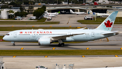 A picture of CGHPU - Boeing 7878 Dreamliner - Air Canada - © soflo_spotter