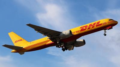 D-ALEG - Boeing 757-236(SF) - DHL (European Air Transport)