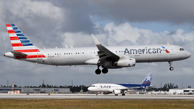 N139AN - Airbus A321-231 - American Airlines