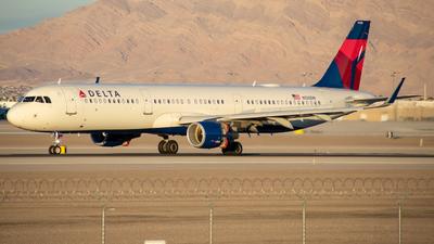 N320DN - Airbus A321-211 - Delta Air Lines