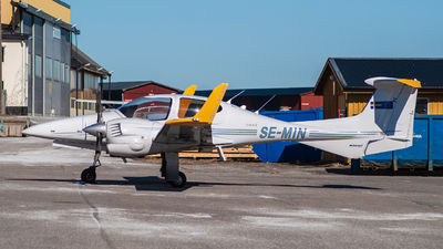 SE-MIN - Diamond DA-42 Twin Star - Airways Flygutbildning