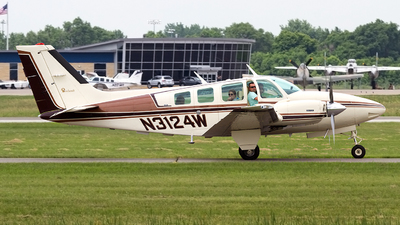 N3124W - Beechcraft 58 Baron - Private