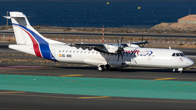A picture of ECMKE - ATR 72500 - Swiftair - © Adolfo Bento de Urquía