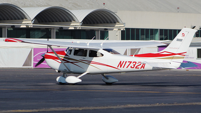 N1732A - Cessna 182T Skylane - Private