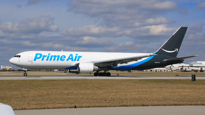 N1327A - Boeing 767-37D(ER)(BDSF) - Amazon Prime Air