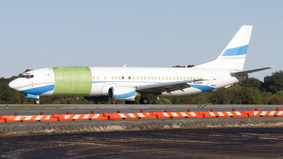 N134WF - Boeing 737-4Q8(SF) - Private