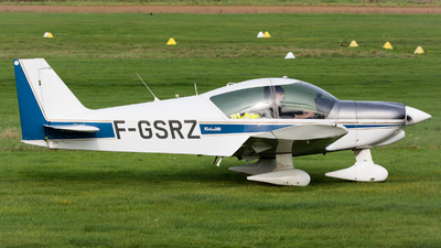 F-GSRZ - Robin HR200/120B - Private