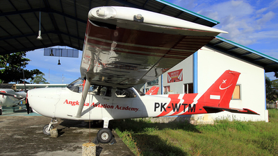 PK-WTM - Cessna 172 Skyhawk - Angkasa Aviation Academy