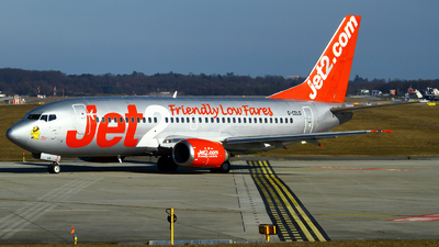 G-CELG - Boeing 737-377 - Jet2.com