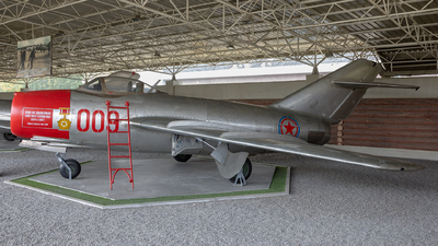 009 - Mikoyan-Gurevich MiG-15bis Fagot - North Korea - Air Force