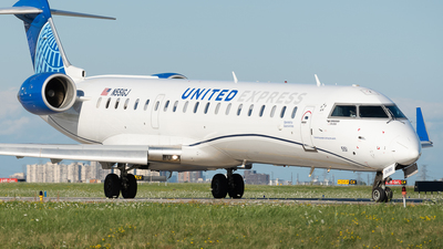 A picture of N551GJ - Mitsubishi CRJ550 - United Airlines - © Charlie Sun