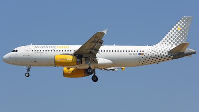 EC-LQZ - Airbus A320-232 - Vueling