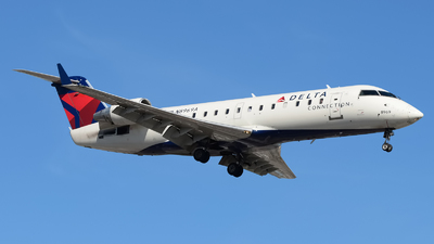 A picture of N8969A - Mitsubishi CRJ200LR - Delta Air Lines - © Rod Dermo