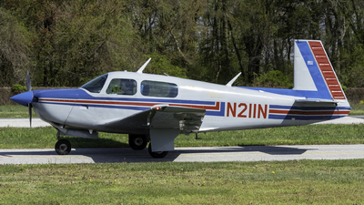 N211N - Mooney M20F - Private