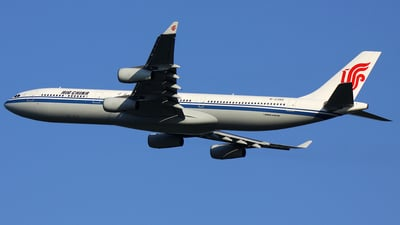 B-2385 - Airbus A340-313X - Air China
